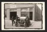 Men in front of G. W. Morgan Garage